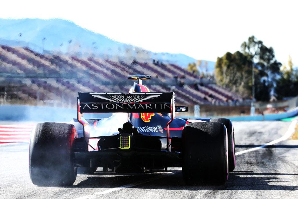 Formula Uno, Ricciardo leader a Montmelò. Quarto tempo per Vettel