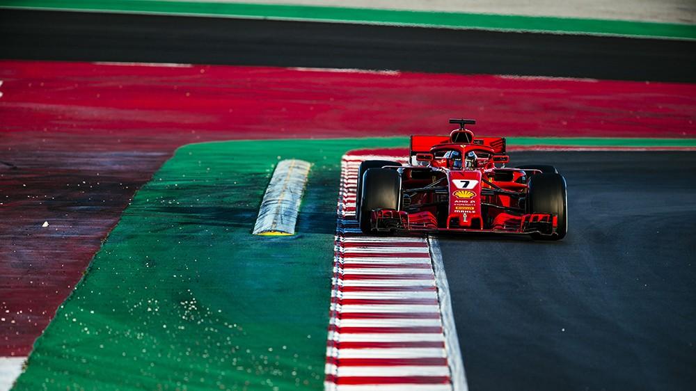 Vettel vola a Barcellona, Marchionne minaccia ancora di lasciare la F1