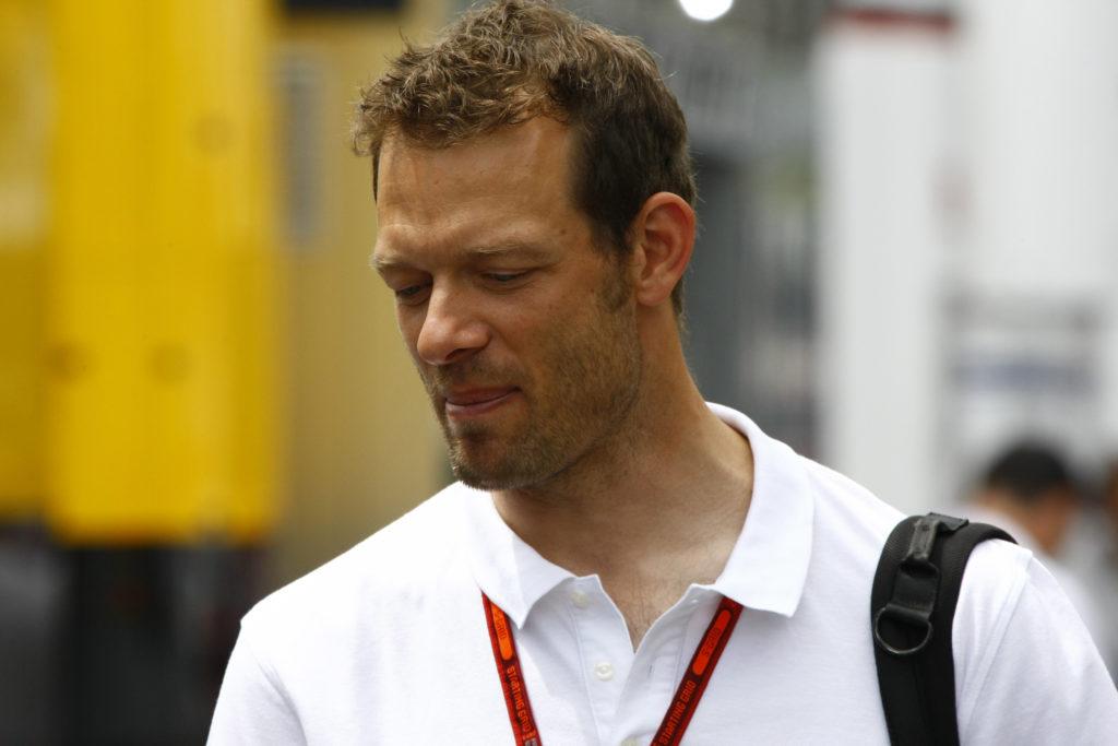 F1: in Australia le Ferrari partono seconda e terza. Pole di Hamilton