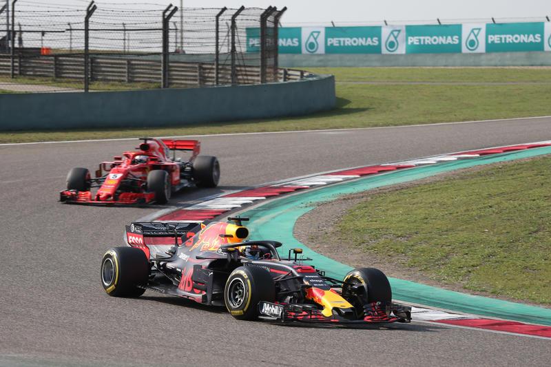 F1 | GP Cina – Ricciardo strappa applausi, la Ferrari deve stare più attenta (anche con Kimi)