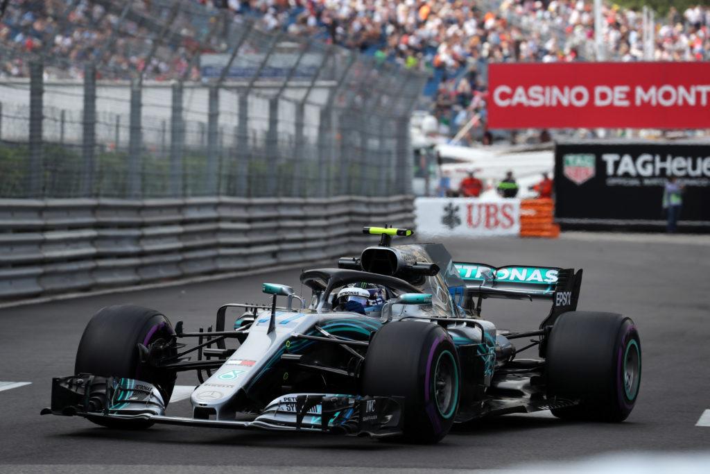 Gp Monaco, pole di Ricciardo davanti a Vettel