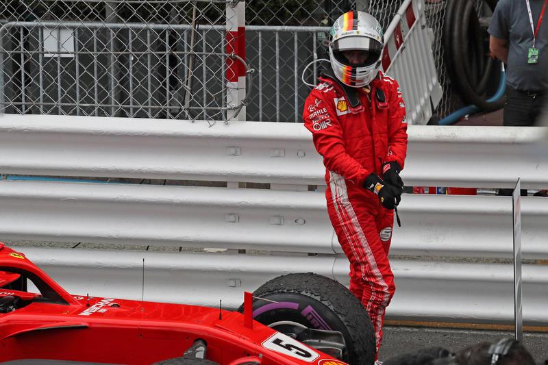 """F1   Vettel: """"Avrei voluto mettere pressione a Ricciardo fino alla fine"""""""