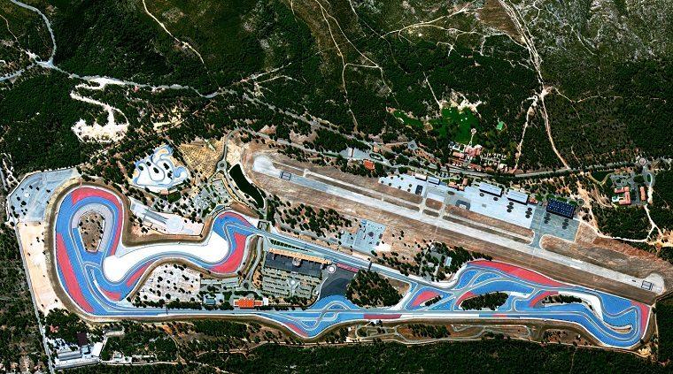 Gp Francia: Lewis Hamilton in pole, Vettel terzo