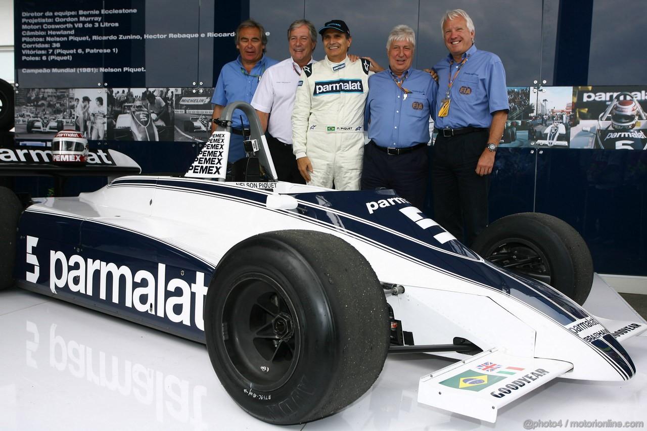 GP BRASILE, 27.11.2011- Nelson Piquet (BRA) with his 1981 championship winning Brabham BT49C