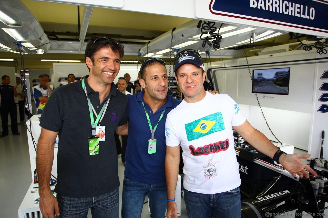GP BRASILE, 27.11.2011- Christian Fittiapaldi, Tony Kanaan e Rubens Barrichello (BRA), Williams FW33