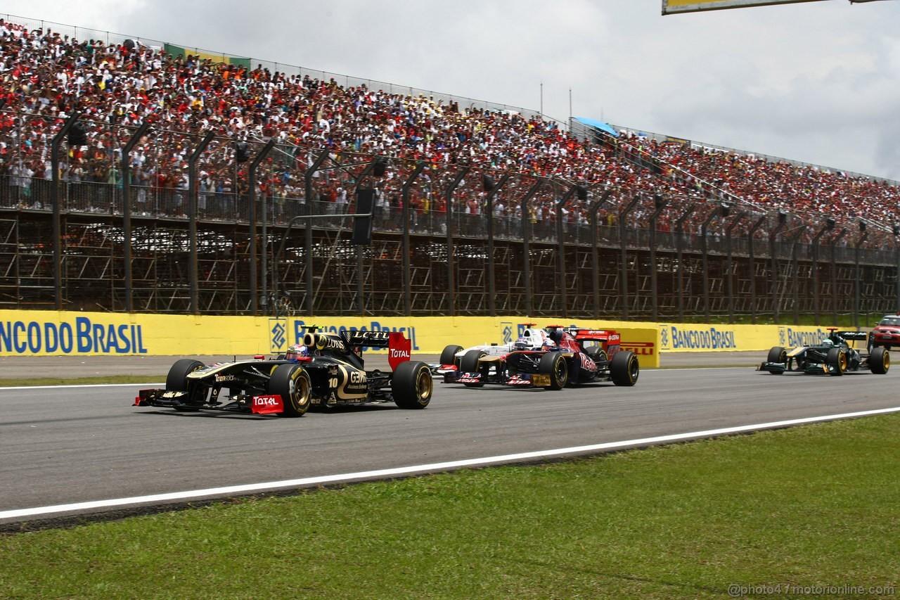 GP BRASILE, 27.11.2011- Gara, Vitaly Petrov (RUS), Lotus Renault GP, R31