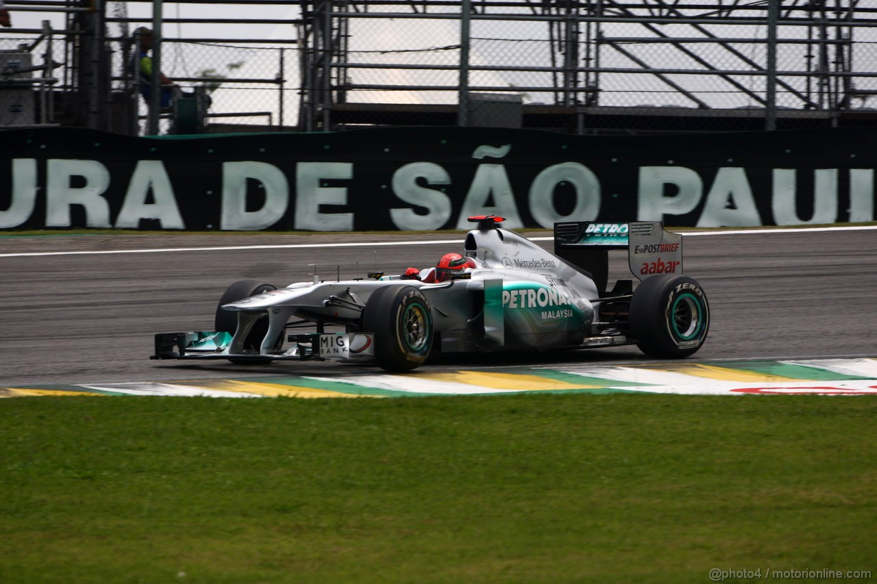 GP BRASILE, 26.11.2011- Qualifiche, Michael Schumacher (GER), Mercedes GP Petronas F1 Team, MGP W02