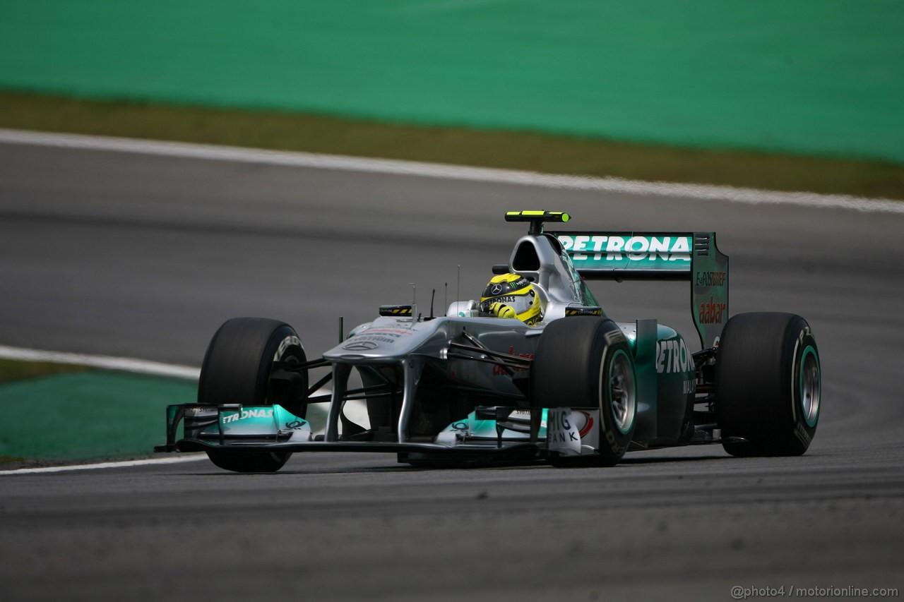 GP BRASILE, 26.11.2011- Qualifiche, Nico Rosberg (GER), Mercedes GP Petronas F1 Team, MGP W02