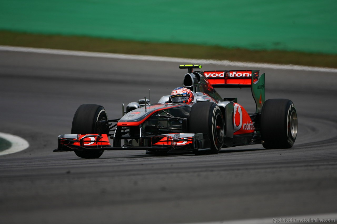 GP BRASILE, 26.11.2011- Qualifiche, Jenson Button (GBR), McLaren  Mercedes, MP4-26