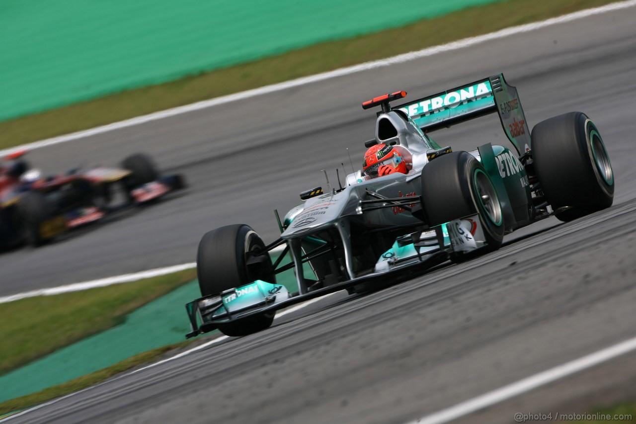 GP BRASILE, 26.11.2011- Qualifiche, Michael Schumacher (GER), Mercedes GP Petronas F1 Team, MGP W02