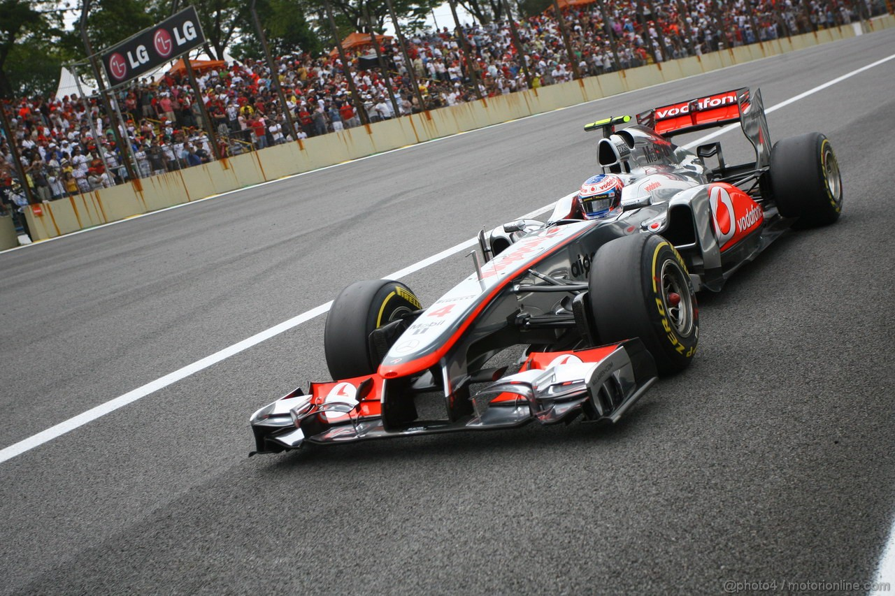 GP BRASILE, 26.11.2011- Qualifiche, Jenson Button (GBR), McLaren  Mercedes, MP4-26