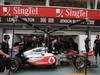 GP SINGAPORE, 23.09.2011- Mechanics McLaren  Mercedes