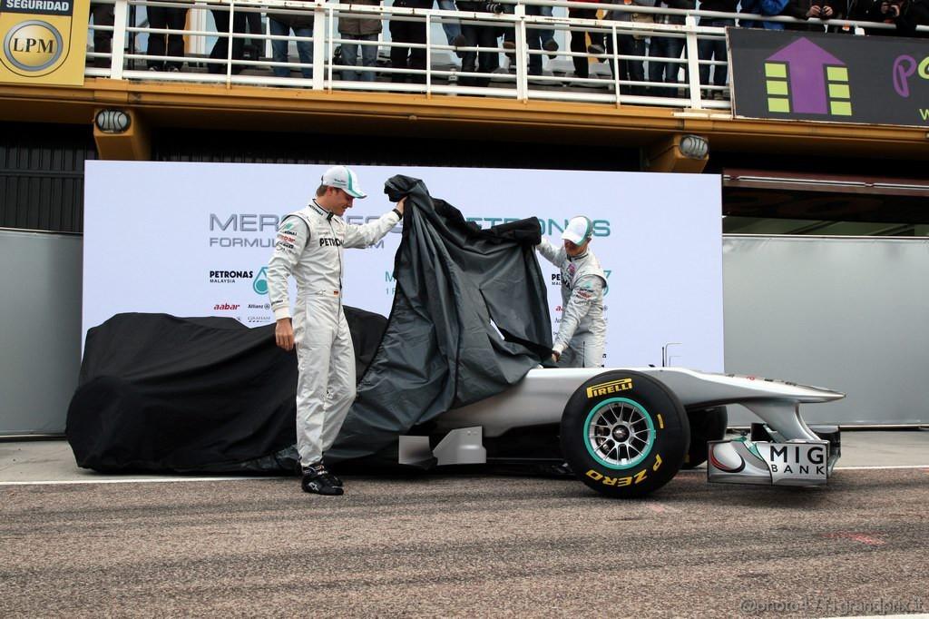 Mercedes MGP W02,  Nico Rosberg (GER), Mercedes GP Petronas F1 Team e Michael Schumacher (GER), Mercedes GP Petronas F1 Team unveil the new MGP W02 - Mercedes GP Petronas F1 Team MGP W02 Launch - Formula 1 World Championship