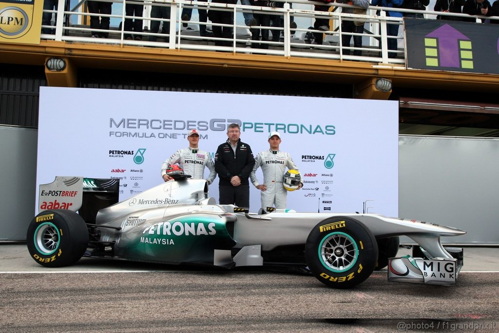 Mercedes MGP W02,  Michael Schumacher (GER), Mercedes GP Petronas F1 Team with Ross Brawn (GBR) Team Principal, Mercedes GP Petronas e Nico Rosberg (GER), Mercedes GP Petronas F1 Team - Mercedes GP Petronas F1 Team MGP W02 Launch - Formula 1 World Championship