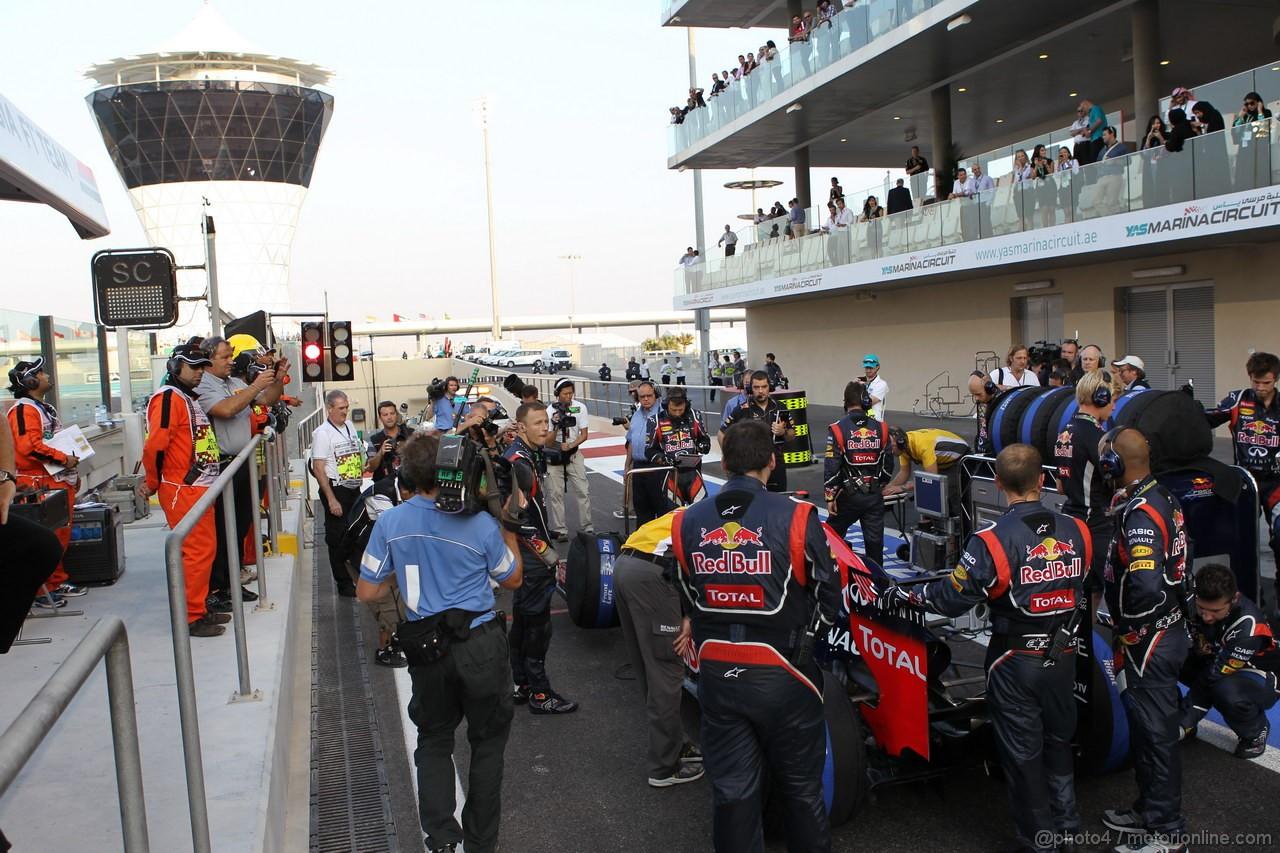 GP ABU DHABI, Sebastian Vettel (GER) Red Bull Racing RB8