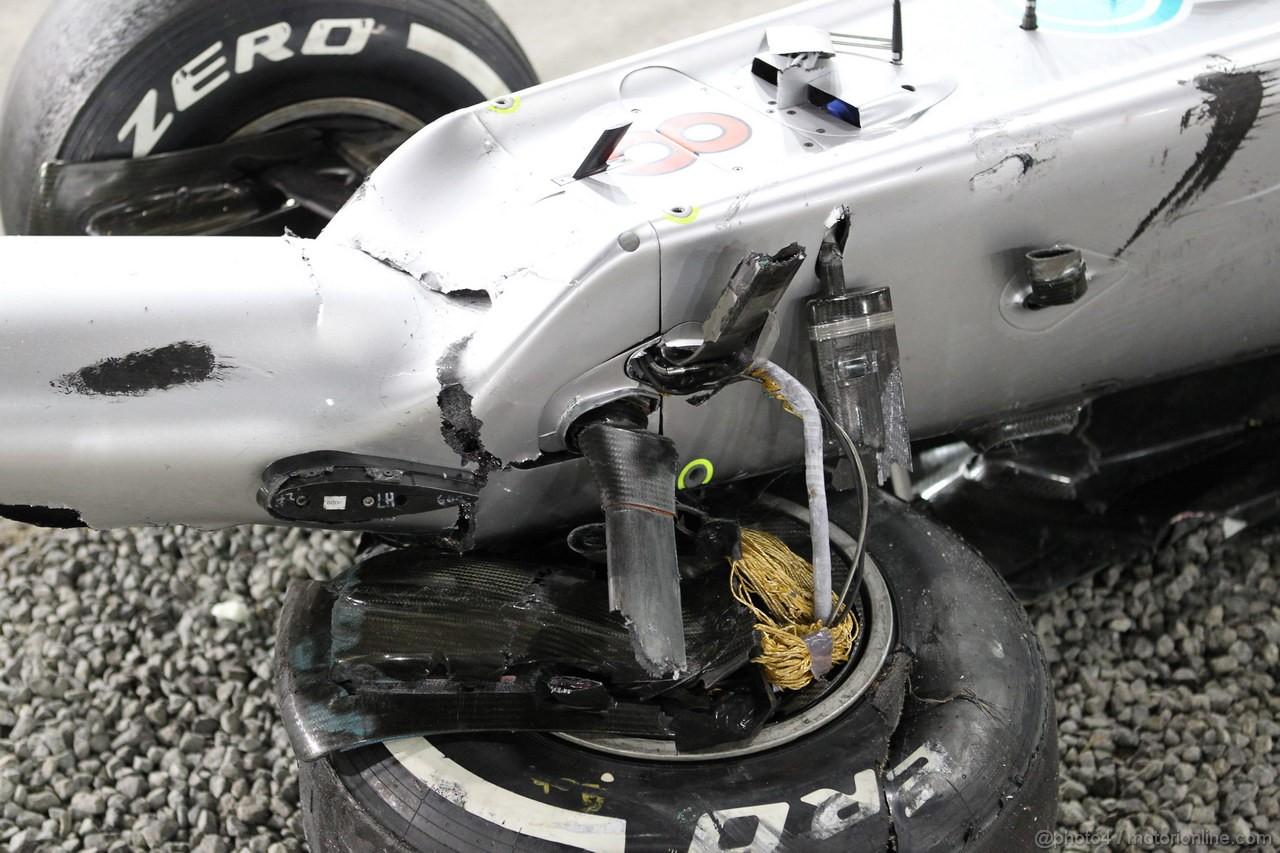 GP ABU DHABI, Gara: The damaged car of Nico Rosberg (GER) Mercedes AMG F1 W03