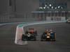 GP ABU DHABI, Gara: Sebastian Vettel (GER) Red Bull Racing RB8 overtakes Charles Pic (FRA) Marussia F1 Team MR01