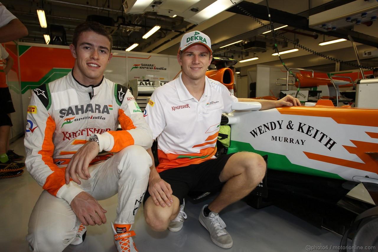 GP ABU DHABI, Paul di Resta (GBR) Sahara Force India F1 Team VJM05 e Nico Hulkenberg (GER) Sahara Force India F1 Team VJM05