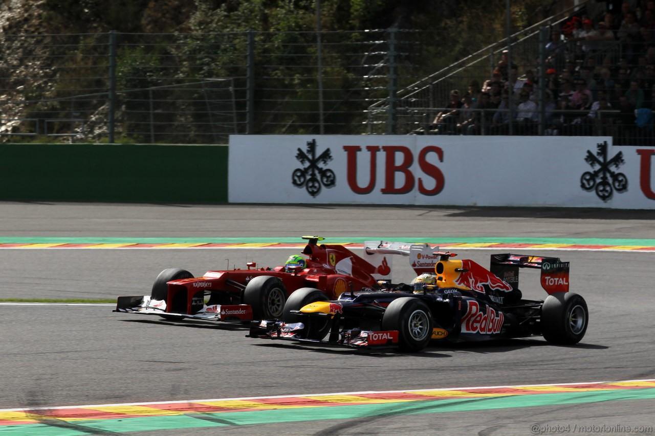 GP BELGIO, 02.09.2012- Gara, Felipe Massa (BRA) Ferrari F2012 e Sebastian Vettel (GER) Red Bull Racing RB8
