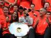 GP BELGIO, 02.09.2012- Gara, Festeggiamenti, Jenson Button (GBR) McLaren Mercedes MP4-27 vincitore with Domenica Jessica Michibata (GBR)