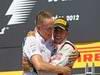 GP CANADA, 10.06.2012- Gara, Lewis Hamilton (GBR) McLaren Mercedes MP4-27 vincitore e Martin Whitmarsh (GBR), Chief Executive Officer Mclaren