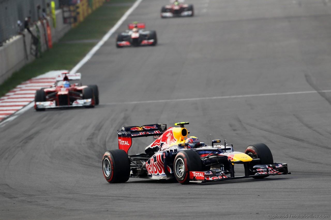 GP COREA, 14.10.2012- Gara, Mark Webber (AUS) Red Bull Racing RB8 davanti a Fernando Alonso (ESP) Ferrari F2012