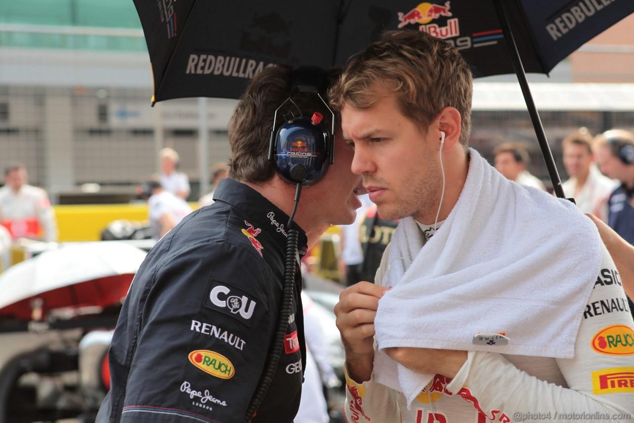 GP COREA, 14.10.2012- Gara, Christian Horner (GBR), Red Bull Racing, Sporting Director e Sebastian Vettel (GER) Red Bull Racing RB8