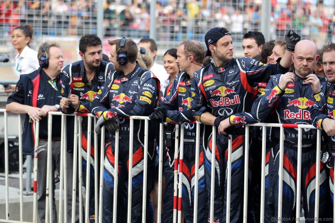 GP COREA, 14.10.2012- Gara, Mechanics Red Bull