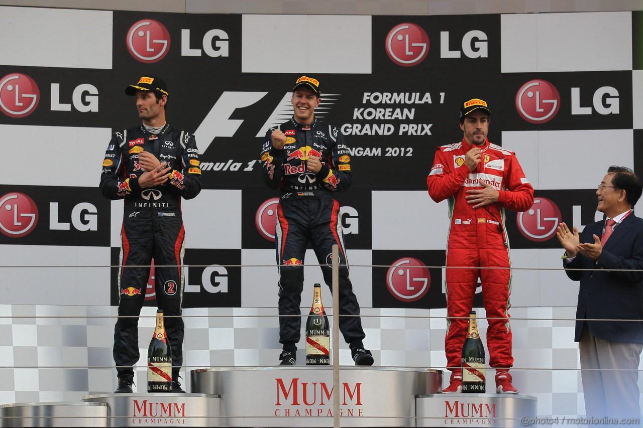 GP COREA, 14.10.2012- Gara, secondo Mark Webber (AUS) Red Bull Racing RB8, Sebastian Vettel (GER) Red Bull Racing RB8 vincitore e terzo Fernando Alonso (ESP) Ferrari F2012