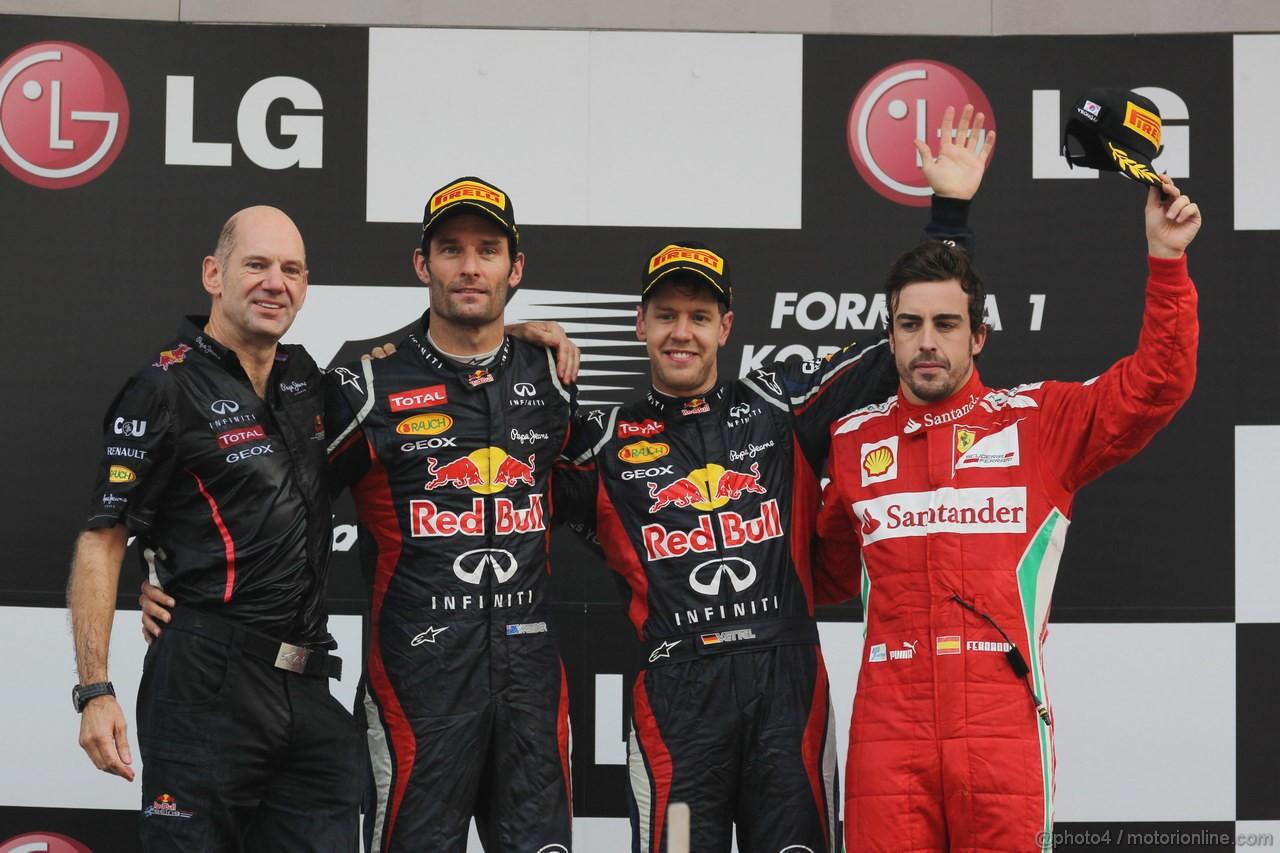 GP COREA, 14.10.2012- Gara, Adrian Newey (GBR), Red Bull Racing , Technical Operations Director, secondo Mark Webber (AUS) Red Bull Racing RB8, Sebastian Vettel (GER) Red Bull Racing RB8 vincitore e terzo Fernando Alonso (ESP) Ferrari F2012