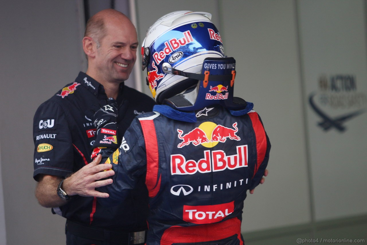 GP COREA, 14.10.2012- Gara, Adrian Newey (GBR), Red Bull Racing , Technical Operations Director e Sebastian Vettel (GER) Red Bull Racing RB8 vincitore
