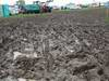 GP GRAN BRETAGNA, 08.07.2012- Wet e muddy car parks e camp sites at the circuit