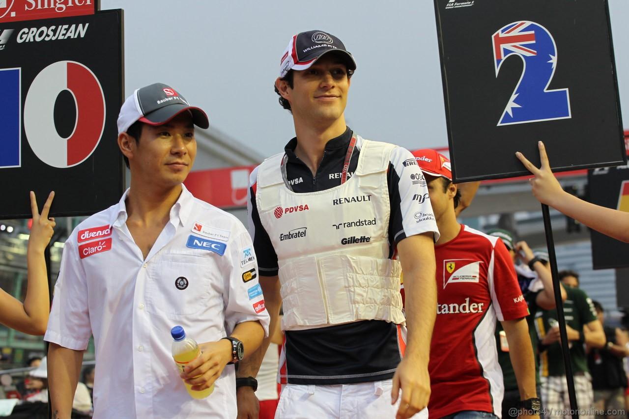 GP SINGAPORE, 23.09.2012 - Kamui Kobayashi (JAP) Sauber F1 Team C31 e Bruno Senna (BRA) Williams F1 Team FW34