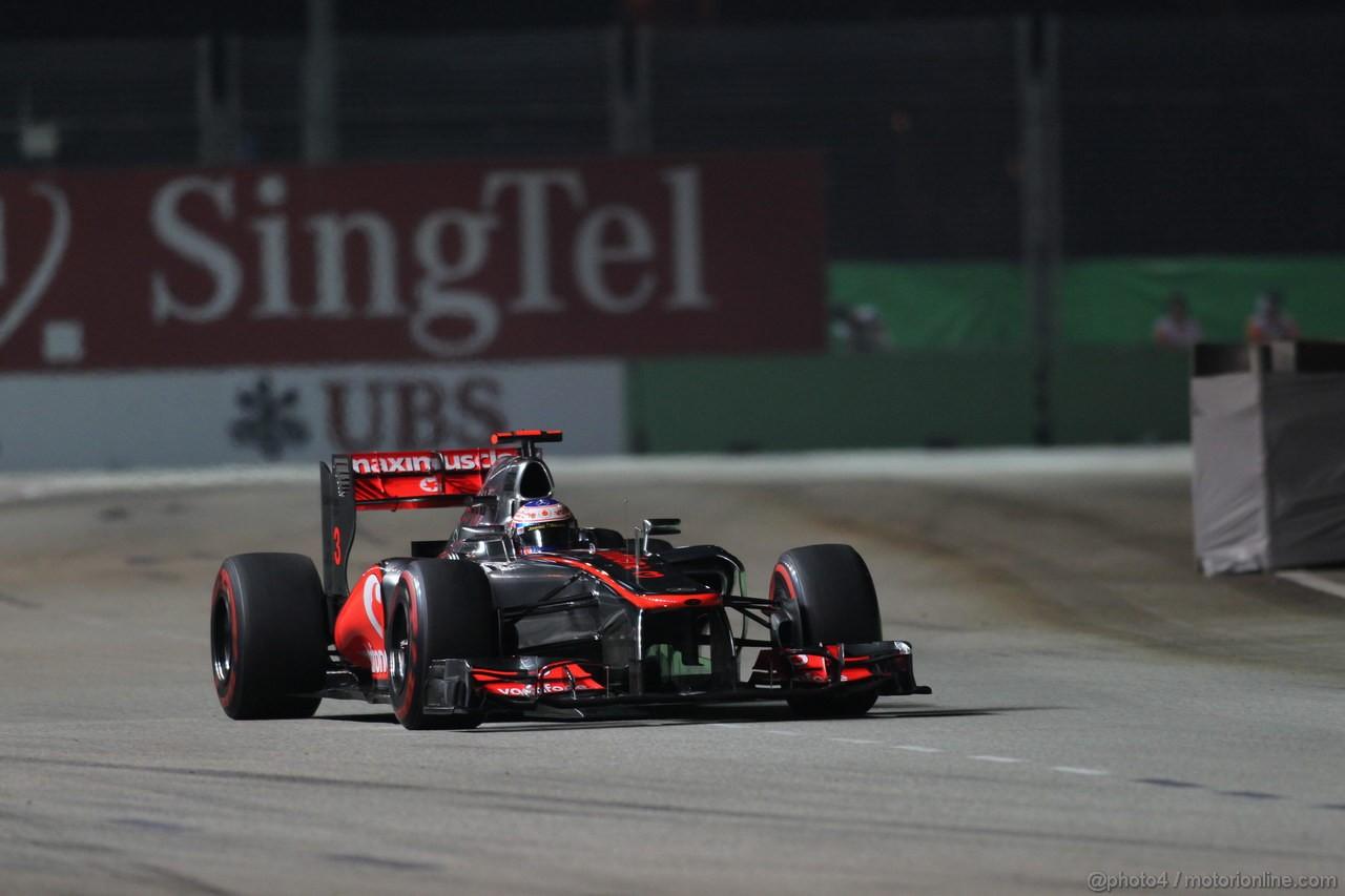 GP SINGAPORE, 23.09.2012 - Gara, Jenson Button (GBR) McLaren Mercedes MP4-27