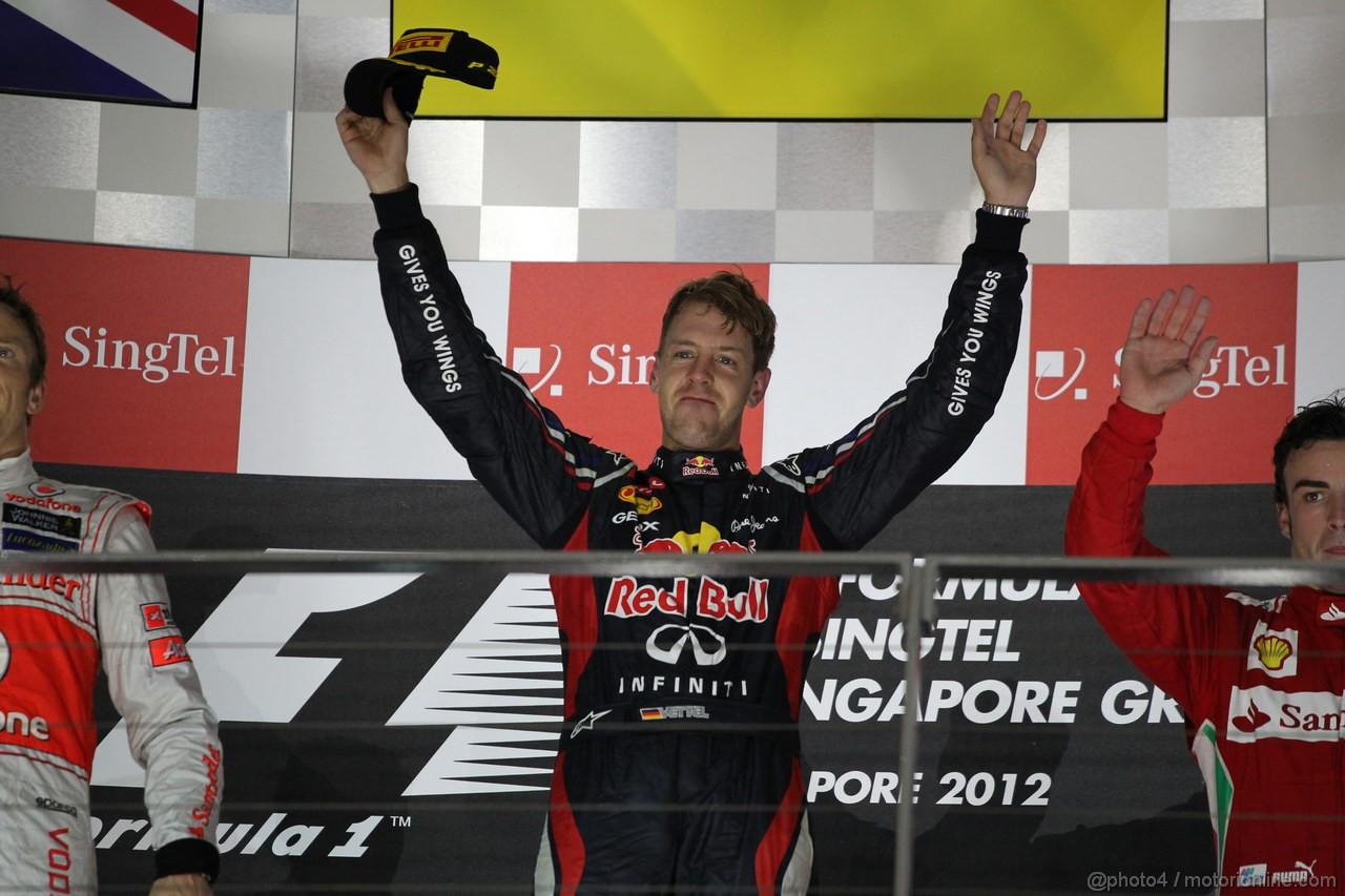 GP SINGAPORE, 23.09.2012 - Podium: winner Sebastian Vettel (GER) Red Bull Racing RB8
