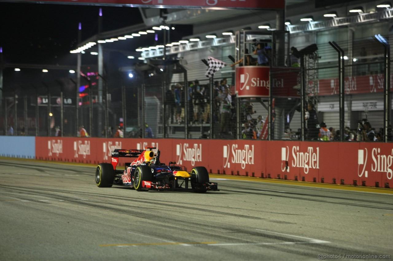 GP SINGAPORE, 23.09.2012 - Gara, Sebastian Vettel (GER) Red Bull Racing RB8