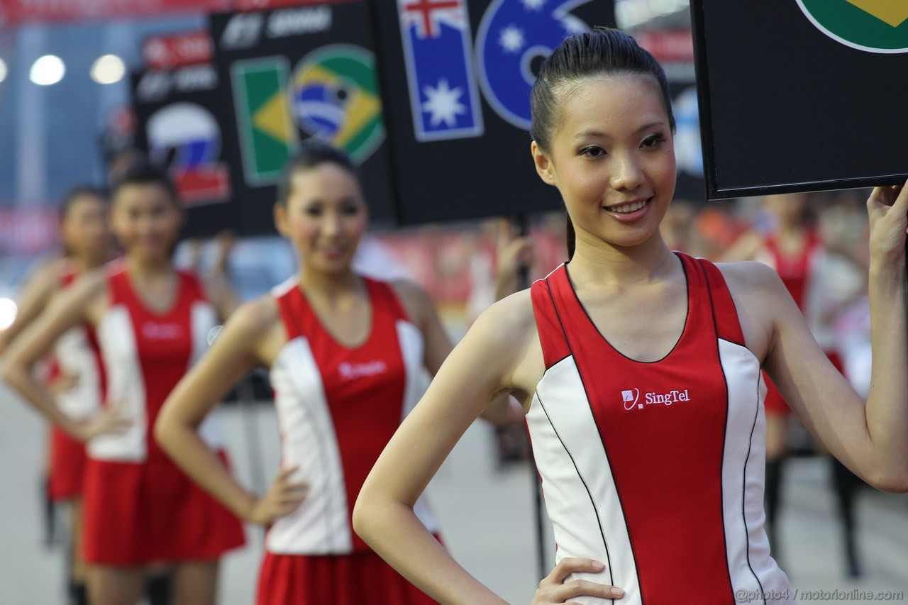 GP SINGAPORE, 23.09.2012 - Gara, the grid grils