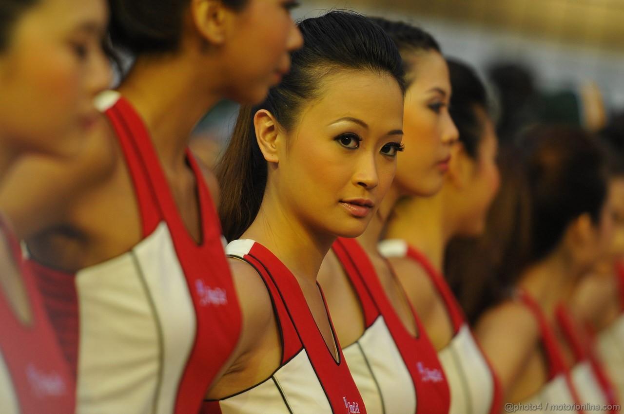GP SINGAPORE, 23.09.2012 - Gara, the grid grils