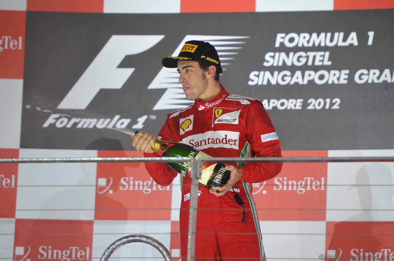GP SINGAPORE, 23.09.2012 - Gara, Fernando Alonso (ESP) Ferrari F2012 on the podium