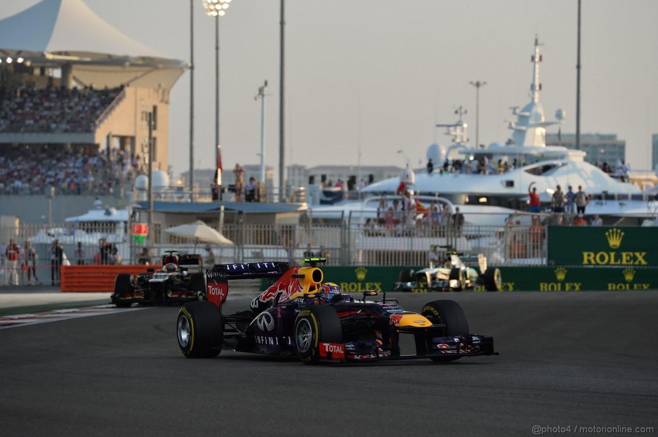 GP ABU DHABI, 03.11.2013- Gara: Mark Webber (AUS) Red Bull Racing RB9