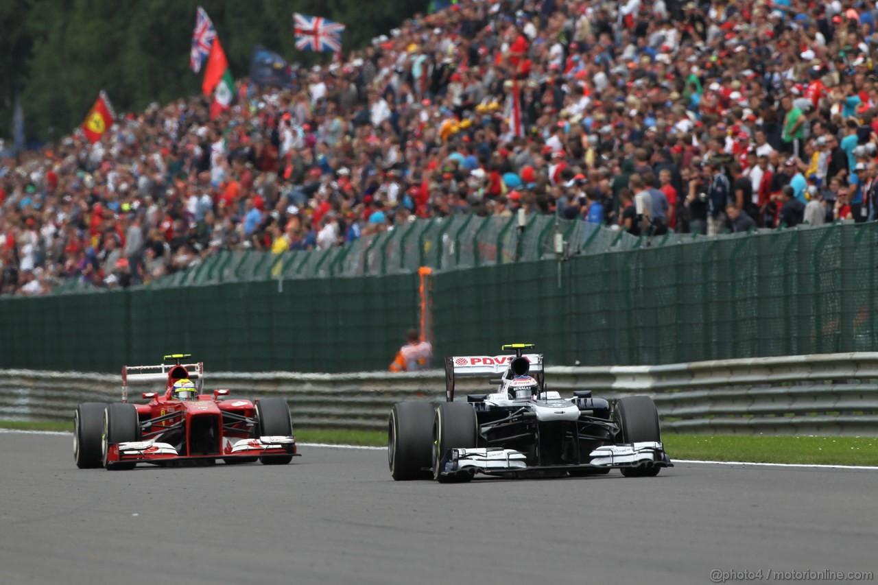 GP BELGIO, 25.08.2013-  Gara, Valtteri Bottas (FIN), Williams F1 Team FW35 e Felipe Massa (BRA) Ferrari F138
