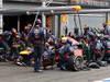 GP BELGIO, 25.08.2013-  Gara, Pit stop, Mark Webber (AUS) Red Bull Racing RB9