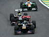 GP BRASILE, 24.11.2013 - Gara, Jean-Eric Vergne (FRA) Scuderia Toro Rosso STR8 davanti a Esteban Gutierrez (MEX), Sauber F1 Team C32