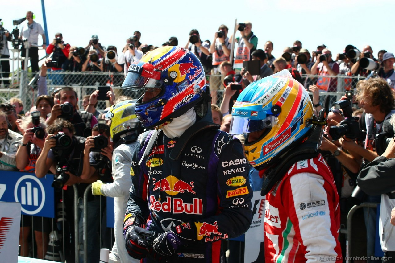 GP GRAN BRETAGNA, 30.06.2013- Mark Webber (AUS) Red Bull Racing RB9 e Fernando Alonso (ESP) Ferrari F138