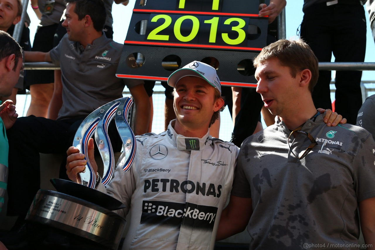GP GRAN BRETAGNA, 30.06.2013- Nico Rosberg (GER) Mercedes AMG F1 W04 is celebrating his victory