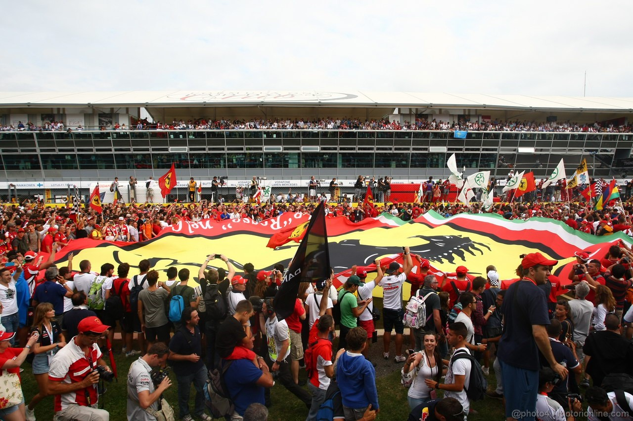 GP ITALIA, 08.09.2013- Fans on the track