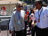 GP MONACO, 26.05.2013- Gara, Michael Douglas (USA), Movie star e Pasquale Lattuneddu (ITA), FOM