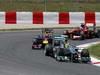 GP SPAGNA, 12.05.2013-  Gara, Nico Rosberg (GER) Mercedes AMG F1 W04 davanti a Sebastian Vettel (GER) Red Bull Racing RB9