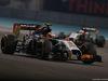GP ABU DHABI, 23.11.2014- Gara, Sergio Perez (MEX) Sahara Force India F1 VJM07 davanti a Nico Hulkenberg (GER) Sahara Force India F1 VJM07