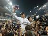 GP ABU DHABI, 23.11.2014- Gara, Festeggiamenti, Lewis Hamilton (GBR) Mercedes AMG F1 W05 vincitore e F1 World Champion 2014
